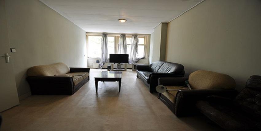 Vijf kamer appartement te huur aan de Dordselaan in Rotterdam.