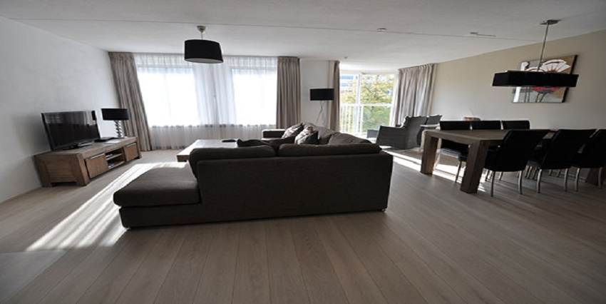 Furnished three room apartment for rent on the Weena in Rotterdam Center.