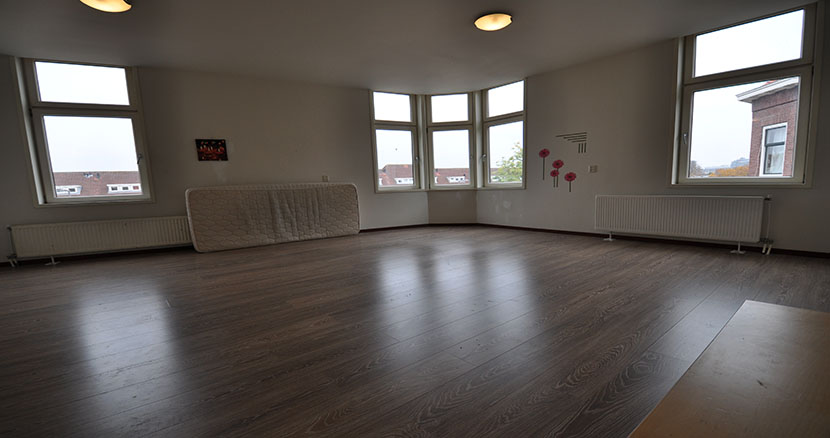 For rent three rooms apartment to Wolphaertstraat Rotterdam Zuid.