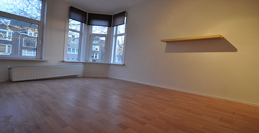 Two rooms apartment for rent on Green Hilledijk In Rotterdam South. (District Bloemhof)