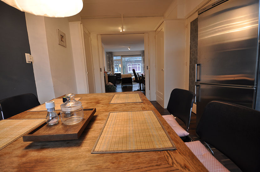 Four rooms apartment for rent offered to Markerstraat in Rotterdam South.