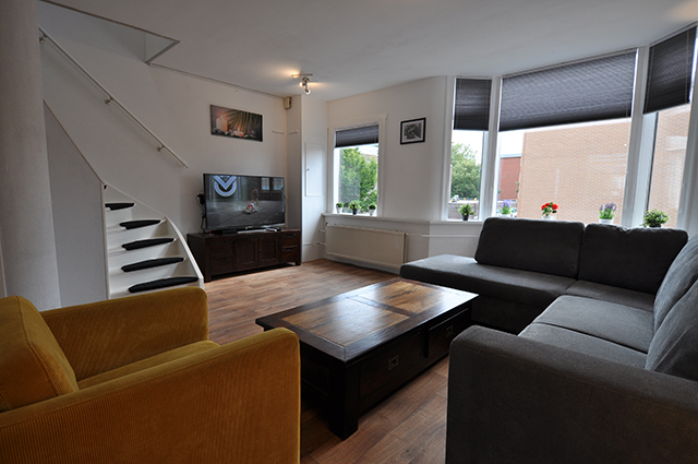 For rent furnished 3 room apartment at the Archimedesplein in Schiedam.